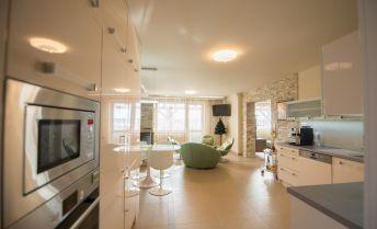 Luxusný apartmán na  predaj vo Veľkom Slavkove