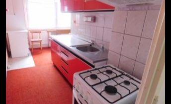 Veľký 2 izbový byt na 7. sídlisku - lógia