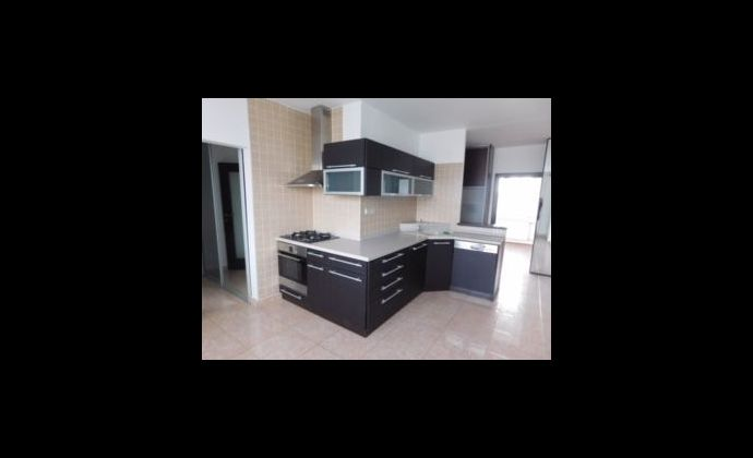 3 izbový byt s 2 lógiami - 7. sídlisko
