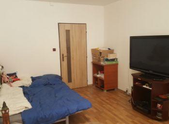 Ponúkame Vám na predaj 1 izbový byt Košice-Dargovských hrdinov,  Krosnianska 31