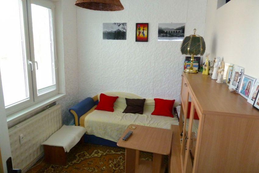 Predaj 1 izbový byt Poltár-5