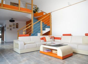Veľkoryso riešený 7 izb. rodinný dom v Pezinku na 9,38 ár. pozemku