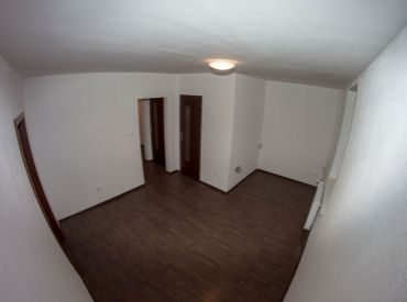 Kompletne zrekonštruovaný 2 - izbový byt sídlisko Západ / Poprad