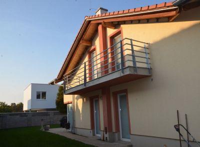Ponúkame Vám na predaj rodinný dom Bratislava-Vrakuňa, Hradská ul.