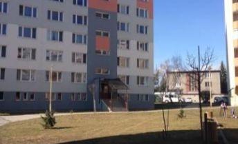 Prenájom 2izbového bytu v Lučenci- Červená armáda