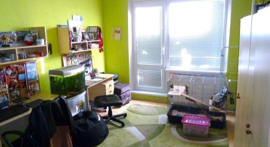 Na predaj slnečný 4 izbový byt Lučenec, 3 loggie, garáž...