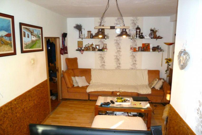 Predaj 4 izbový byt Lučenec-7