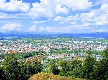 Pre nášho klienta hľadáme rodinný dom v okolí Zvolena, Žiar nad Hronom, Krupina, Detva