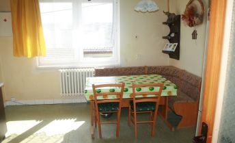 5 izbový rodinný dom v obci Časta