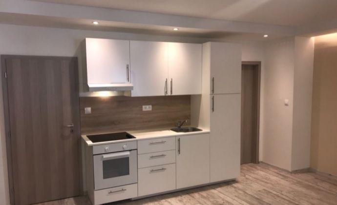 Na predaj 1,5 izbový byt v Bratislave - Nové Mesto