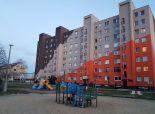 PREDANÉ  -SENEC - NA PREDAJ  3-izbový byt po čiastočnej rekonštrukci – v absolútnom centre mesta Senec