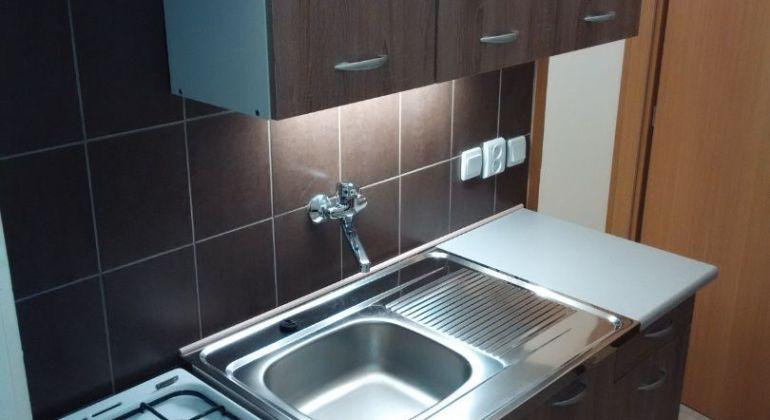 Predaj - byt 4izbovy, Bratislava - Karlova Ves, Adamiho ulica