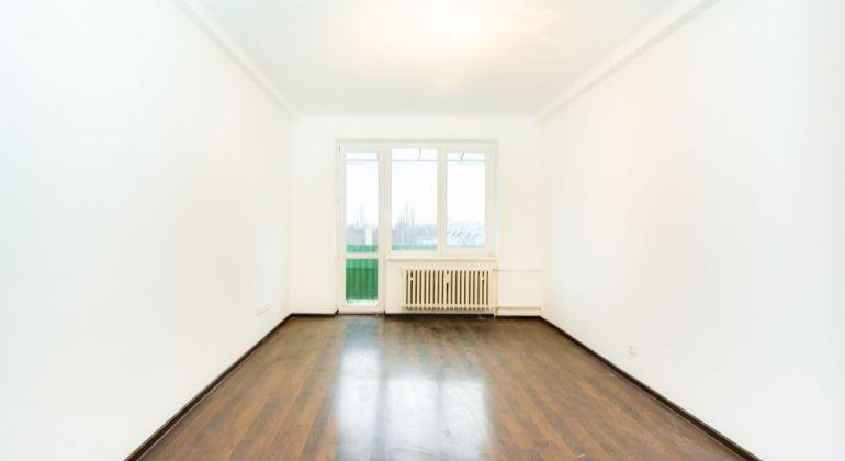 Veľký 2 izbový byt v Bratislave na Kadnárovej ulici