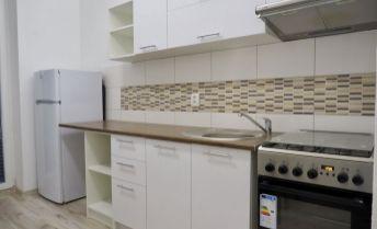 2i byt po kompletnej rekonštrukcii s garážou a záhradou - Janíky - Horné Janíky - Búštelek