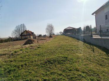 Predaj rovinatého slnečného pozemku, Žilina-Bytčica,  720 m2, 56.900 €