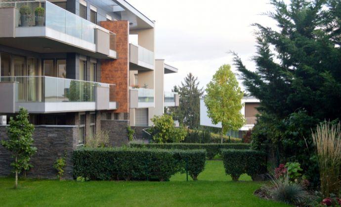 2-izbový luxusný byt v komplexe Diplomat Park - Mudroňova ulica