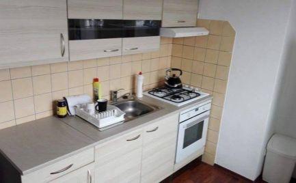 Ponúkam na predaj 2 izbový byt v centre mesta Prievidza