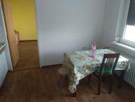 100% aktuálne !!! Ponúkame Vám na predaj čiastočne prerobený 3 izbový byt s balkónom Trnava,ul. Spartakovská sídl. Družba