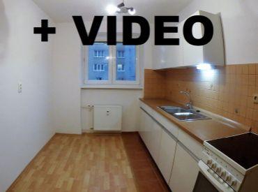 Predané. Byt 2+1  60m2, tehlový, prerobený, centrum, ako nový, Banská Bystrica - Fortnička