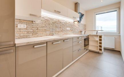 Dizajnový 3 izbový byt v Senci, na Kollárovej ulici