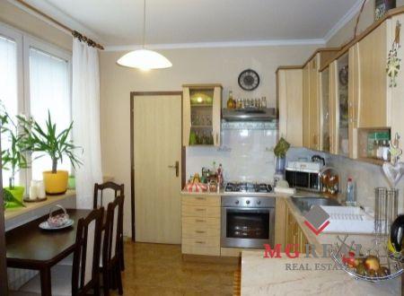 3 izbový byt - Topoľčany - sídlisko Východ - rekonštrukcia