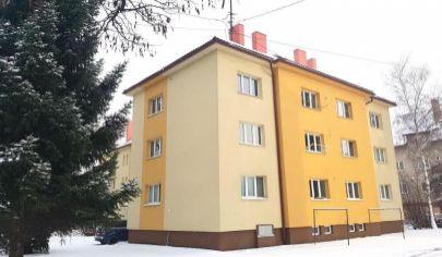 PREDANÉ: EXKLUZÍVNE na predaj veľký 2 izbový tehlový byt, 2./3 podlažie, Martin - Podháj