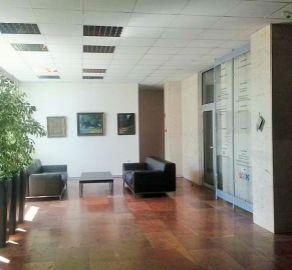 StarBrokers – PRENÁJOM- Kancelárie (4 x 25 m2, aj jednotlivo) v administratívnej budove Drieňová-Ružinov