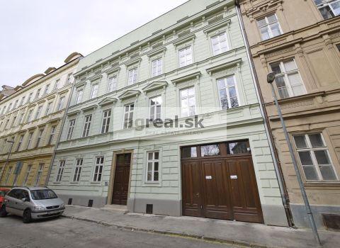 4-izbový byt v novostavbe na 4.p. - Podjavorinskej ulica - Bratislava, možnosť parkingu v suteréne