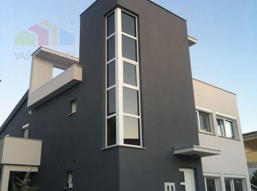 OSTROV VIR, luxusná  2-podlažná apartmánová villa v blízkosti pláže