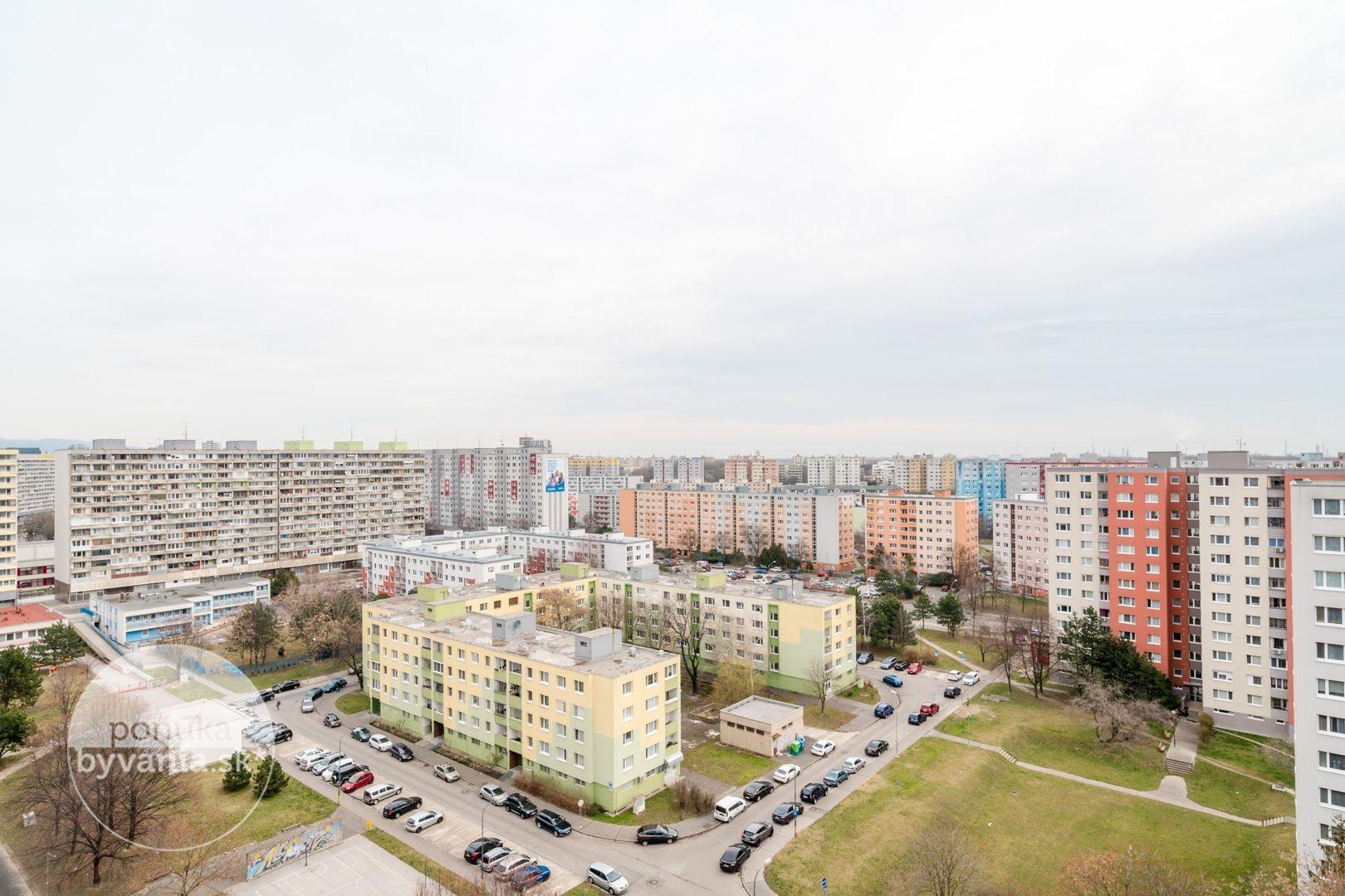 ponukabyvania.sk_Rovniankova_3-izbový-byt_KOVÁČ