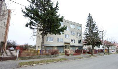 Exkluzívne APEX reality 3i. byt na ul. Timravy v Hlohovci aj s garážou 72 m2 + 17 m2