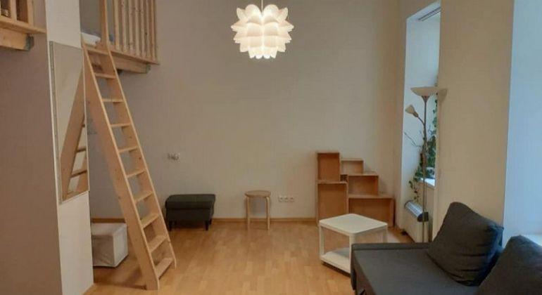 Prenájom 1izbový byt, Bratislava - Staré Mesto, Hviezdoslavovo námestie