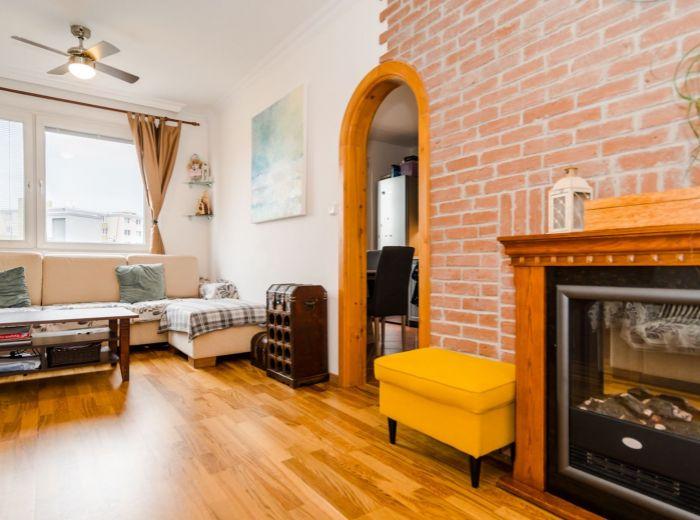 ČIERNOVODSKÁ, 3-i byt, 70 m2 - štýlová rekonštrukcia, BEZPROBLÉMOVÉ PARKOVANIE, zeleň a pokoj