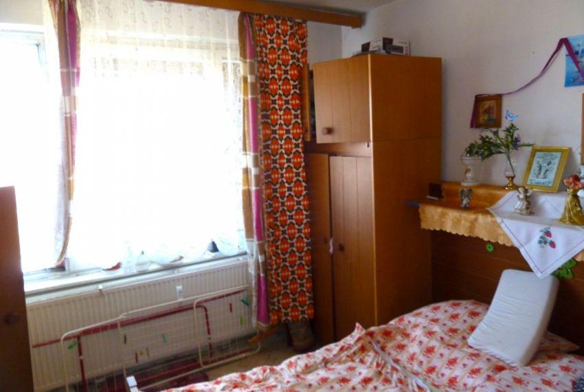 Predaj 2 izbový byt Poltár-2