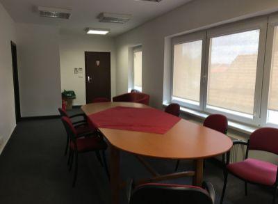 Na prenájom kancelárske priestory Bratislava-Podunajské Biskupice - 116 m2