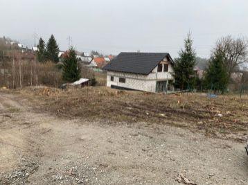 Pozemok pre rodinné domy Stráne