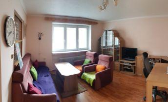 Veľký 2 izbový byt na predaj v Trenčíne, Inovecká ulica, čiastočná rekonštrukcia