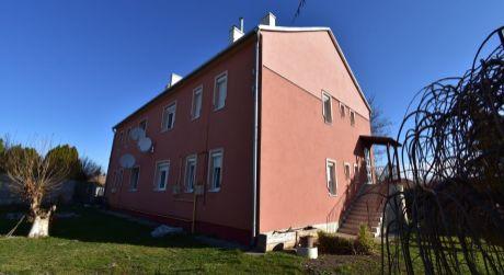 2,5 - izbový byt 56 m2 s garážou - Rajka