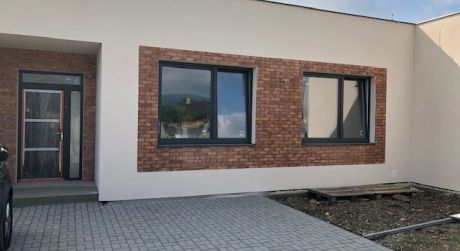 Moderný 4-izb. dom  na pozemku 386 m2