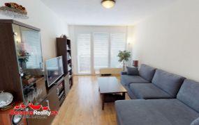 EXKLUZÍVNE ponúkame na predaj pekný 3 izbový byt v Trenčíne, Juh, Mateja Bela.