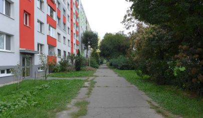 SÚRNE hľadáme na KÚPU 3 izbový byt v Bratislave V