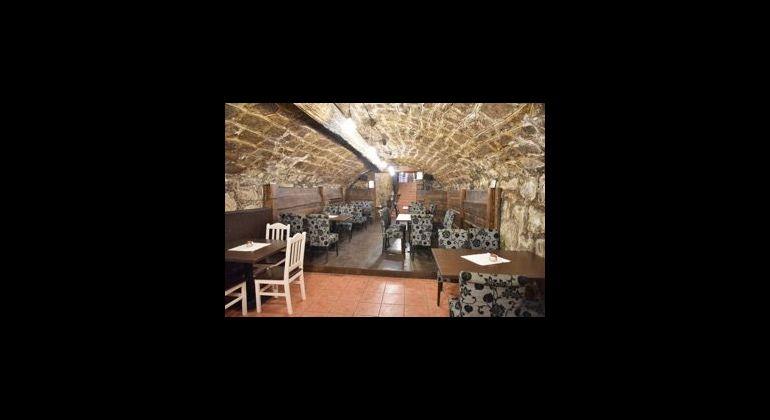 Odstúpenie zabehnutej reštaurácie v centre BN