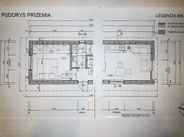 Stavebný pozemok s projektom a rozostavaným domom, Žilina