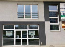 Ponúkame Vám na prenájom obchodný priestor 54 m2,Dubnica nad Váhom - Pod Hájom.