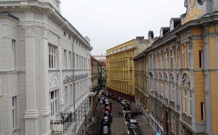 Na predaj 2 izbový byt - apartmán 5/1, Bratislava-Staré Mesto, Gunduličova