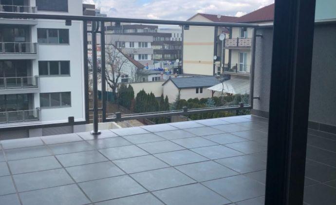Novostavba 3 izbového bytu v komplexe Olbrachtová