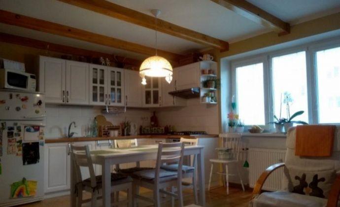 Ponúkame na predaj 3 izbový byt, Staré sídlisko - Prievidza.