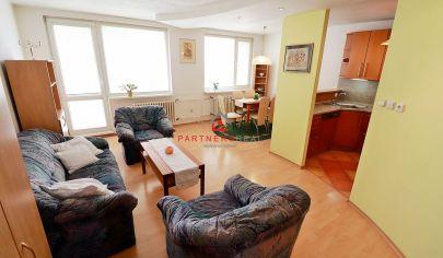 Veľký 4 izbový byt po rekonštrukcií, 92m2+6m2 loggia,predaj, Košice-Furča, Kurská