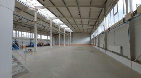 Ponúkame na prenájom výrobné a skladové priestory v modernej, nadštandardnej hale v areály bývalých Považských strojární.