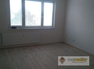 2806 Ponúkame Vám na predaj 3 izbový byt Nové Zámky